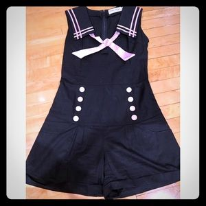 Bettie Page Las Vegas - pink and black romper